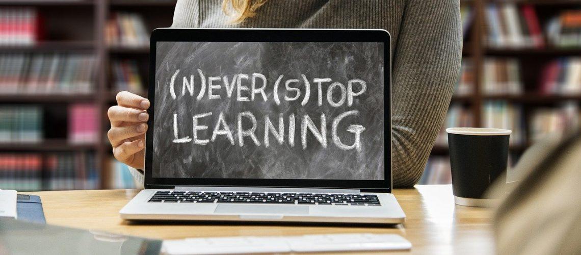 learn-3653430_1280